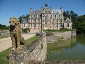 https://www.chateaubeaumesnil.com/