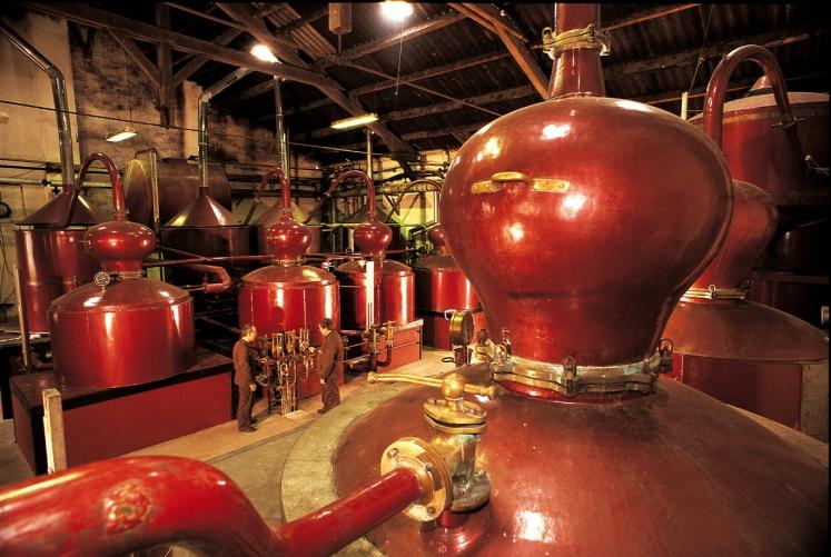 www.distillerie-busnel.fr