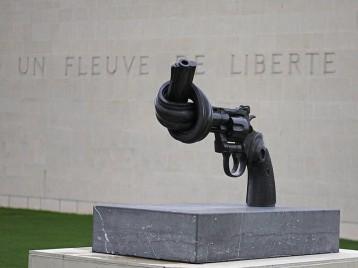 www.memorial-caen.fr